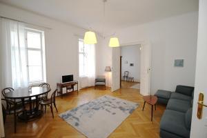 obrázek - Zentrumnahes Apartment beim Karlsplatz mit Balkon
