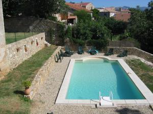 Accommodation in Saint-Julien-du-Serre