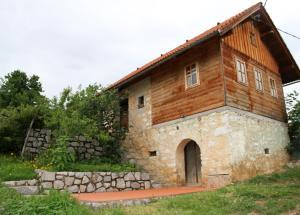 Charming Vineyard Cottage