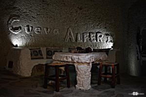 Casas Cueva Alfer