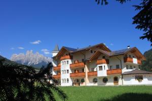 Hotel Garnì Paradisi (1 of 53)