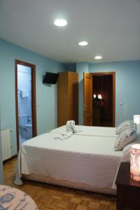 Hostal Restaurante Alarico, Guest houses  Allariz - big - 5