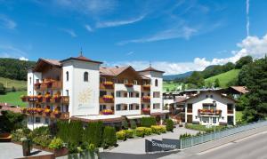 Hotel Sonnenhof - Kastelruth / Castelrotto