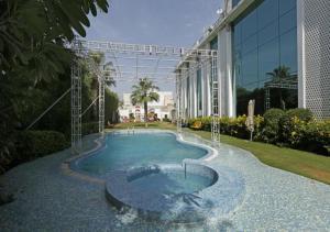 . Paradizzo Resorts