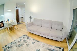 Luxury Apartments 164