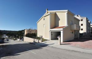 Apartment Begić Makarska