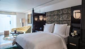 Four Seasons Hotel London at Ten Trinity Square (3 of 107)