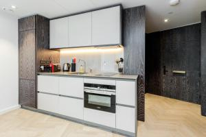 Luxury 1 bedroom Battersea Power Station apartment