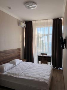 Отель Таис