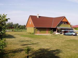 Penzion Pod Vápenkami, Гостевые дома  Strážnice - big - 58