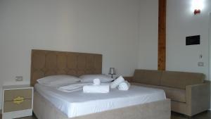 Hotel Beach Restaurant Fabio, Apartmanhotelek  Borsh - big - 110