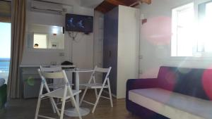 Hotel Beach Restaurant Fabio, Apartmanhotelek  Borsh - big - 41