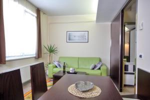 Apartma Anka ***