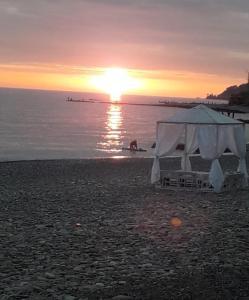Палатки на лучшем пляже