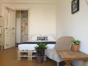 Authentic Private Bedrooms in the Heart of Tel Aviv