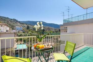 Sorrento Apartment Sleeps 8 Pool Air Con WiFi - AbcAlberghi.com