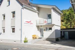 Unterkunft4You-Ferienhaus-Am-Schloss - Espa