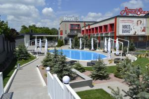 Отель Road Star, Днепропетровск