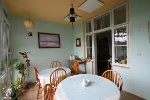 Pension Grant Lux Znojmo, Отели типа «постель и завтрак»  Зноймо - big - 130