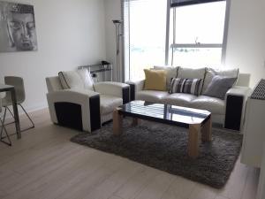 obrázek - Stylish serviced apartment in The Hub - Milton Keynes