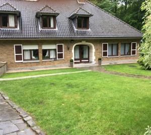 Chambres cosy dans Villa Wavre