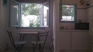 Renovated Studio with garden in heart of Athens