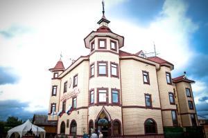 Petrovsky Dvorik - Vozdvizhenskoye