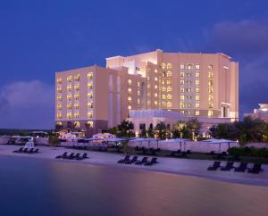 Traders Hotel Qaryat Al Beri Abu Dhabi, by Shangri-La, Абу-Даби