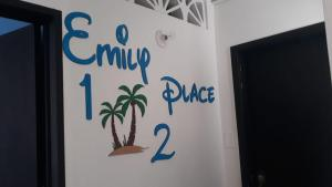 Emily place 1 y 2