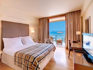 Superior Luxury Room with Sea View