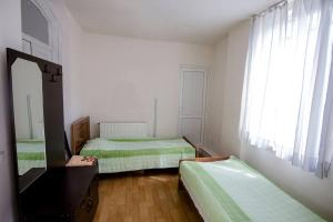 Deluxe Room Guest House Alazani Travel