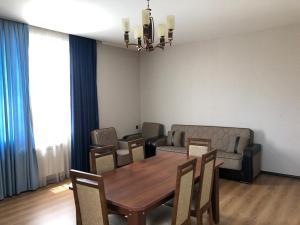 Семейный отель Home, apartment, house, Баку