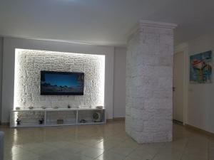 Luxury duplex Armand Durres, Apartmanok  Golem - big - 58