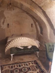 obrázek - Chelebi of cappadocia cave suit