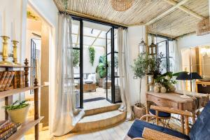 Trastevere Luxury&Charming Loft with Courtyard - abcRoma.com