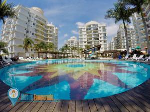 Home Club Vista para Piscina - Praia e Beto Carrero