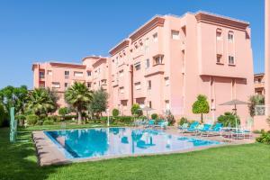 Majorelle Piscine Marrakech Morocco J2ski