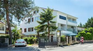Villa Ladavac B&B
