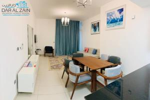 BEACHFRONT 1 BEDROOM APARTMENT IN PALM JUMEIRAH