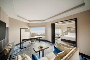 Shangri-La's Eros Hotel (25 of 121)