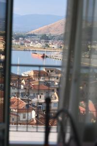 """""""ΡΟΔΙ"""" ΔΙΑΜΕΡΙΣΜΑ / """"RODI"""" Apartment Argolida Greece"""