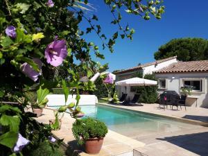 Le Clos de l'Olivade - Accommodation - Saint-Just