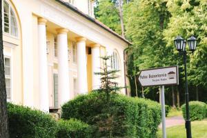 Pałac Bażantarnia