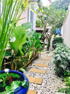 Whippet Gay Friendly Homestay - Ban Nong Pru