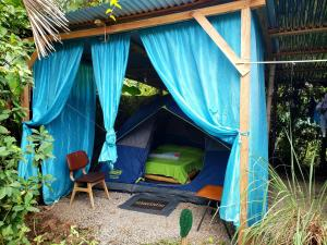 Camping Rooms Shalton, Cahuita