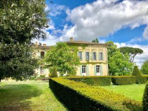 Château Rambaud by Weekome