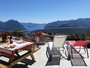 Home Iseo Lake - AbcAlberghi.com