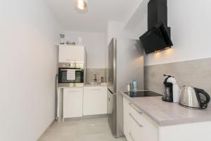 Cosy studio with private garage