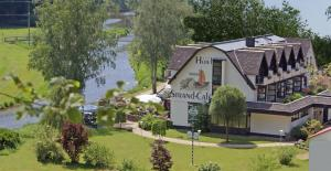 Land-gut-Hotel Strand-Café - Linkenbach