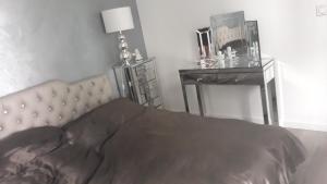 Apartment Corner